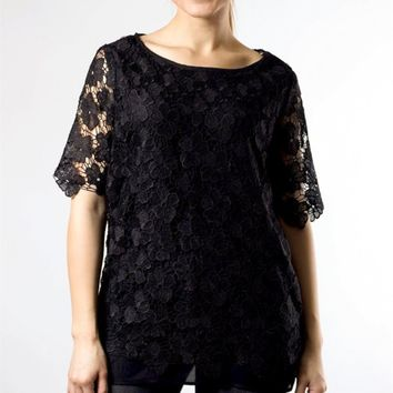 Black 1/2 Sleeve Length Relaxed Fit Blouse