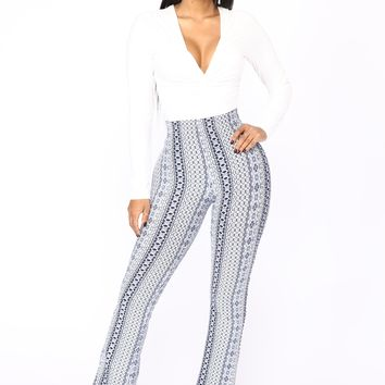 Holly High Rise Printed Pants - Navy