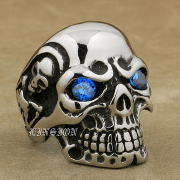 Piercing Blue Eyed Skull Ring