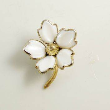 Crown Trifari White Glass Dogwood Flower Pin, Milk Glass