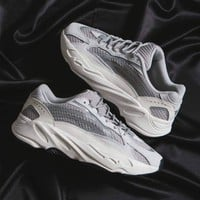 "Adidas YEEZY 700V2 ""Static"" Grey-white reflective retro-old daddy shoes"