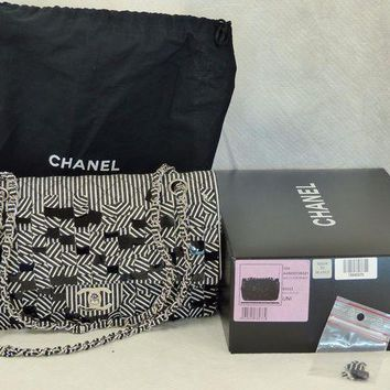 ONETOW Authentic Chanel Classic Limited Edition Medium Flap Bag