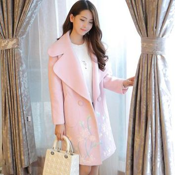 Korean new winter cocoon type flower embroidery coat slim thin solid wool long woolen coat female