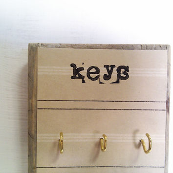 Key Holder to organise your accessories wall mounted by Ayliss