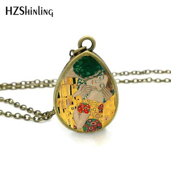 2017 New The Kiss Gustav Klimt Necklace Mother and Child Tear Drop Pendant Painting Jewelry Vintage Glass Necklaces