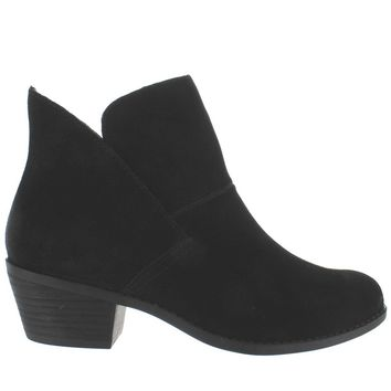 Me Too Zena - Black Suede Short Pull-On Western Bootie