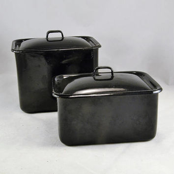 2 Black Enamelware Lidded Pans - Vintage Kitchen -  Refrigerator Containers - Porcelain Enamel - Graniteware - 2 Sizes