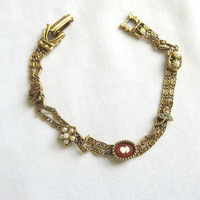 Vintage Unsigned GOLDETTE Cameo, Faux Pearl and Coral Filigree Chain Bracelet