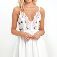 Daisy Petal Pickin' Ivory Embroidered Dress