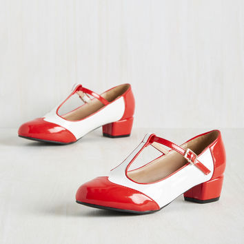 The Great and Powerful Odds Heel | Mod Retro Vintage Heels | ModCloth.com