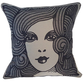 Deco Lady Pillow