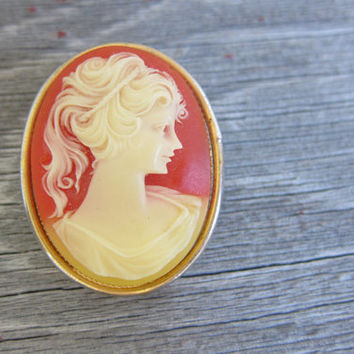 vintage Max Factor Celluloid cameo brooch with solid perfume