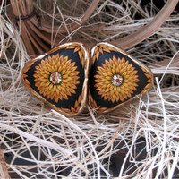 HANDMADE * Sunny Gold Ear studs Earrings by Lena Handmade Jewelry