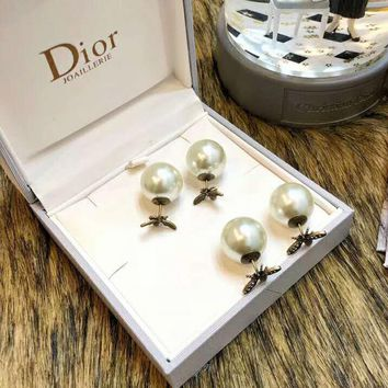 DIOR Popular Women Chic Bee Pearl Stud Earring Jewelry Accessories