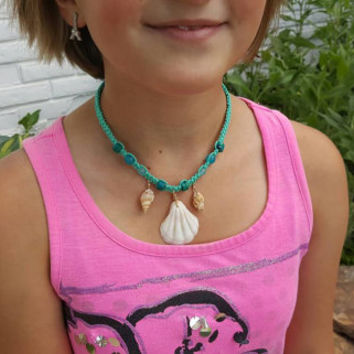 Childrens Sea Shell Necklace, Hemp Necklace, Girl Jewelry, Gift for Daughter, Beach Jewelry, Handmade Necklace, Hemp Jewelry, Shell Necklace