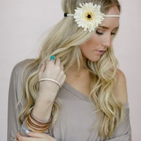 Braided Daisy Flower Crown, Boho Music Festival Headband Hair Accessories, Fashion Headbands with Flowers, Daisy Crown in Ivory (HB-3734)