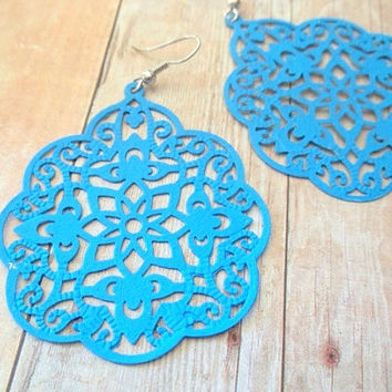 E L E C T R I C - Blue Swirl Lace Hand Painted Metal Filigree Silver Dangle Earrings