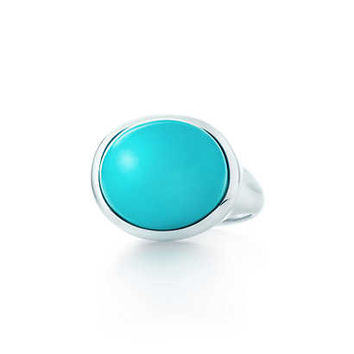 Tiffany & Co. - Elsa Peretti® Cabochon ring in sterling silver with turquoise, 15.5 mm wide.