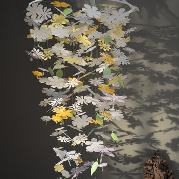 Big Paper flower nursery mobile in Ivory, Yellow shades, green leaves and dragonflies --- Nursery mobile or sweet little girl's mobile