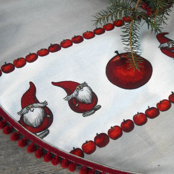 Christmas Tree Skirt Christmas Decor Holiday Decor Scandinavian Christmas Gift Christmas Ornament Gnome Nisse Swedish Christmas Nordic