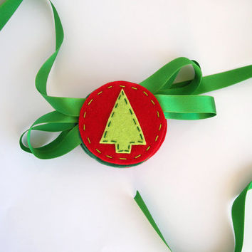 Christmas holiday garland with Trees and Mistletoe - Green and red bunting holiday decor