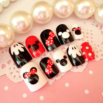 Fake nails patch Nail product 24 piece of brief paragraph and lovely Mickey is the second acrylic nail
