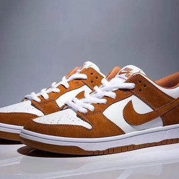 NIKE DUNK LOW TRD SHOES