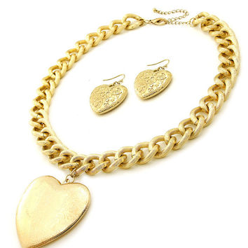 Gold Pendant Necklace, Big Heart Pendant Locket, Thick Chunky Gold Chain, Heart Pendant
