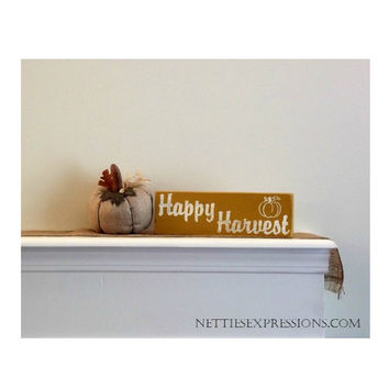 Happy Harvest – Rustic Wood Sign