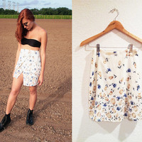 90s Floral Mini Skirt // Floral Fabric // 90s Grunge // Floral Skirt // Bohemian Skirt