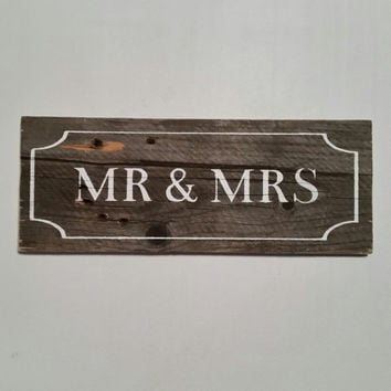 Mr and Mrs Sign, Mr. & Mrs. Wood Sign, Wedding Sign, Photography Prop, Photo Prop, Engagement, Wedding Photos, Wedding Props, Wedding Decor