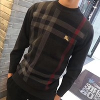 Burberry Warm youth casual knitted sweater