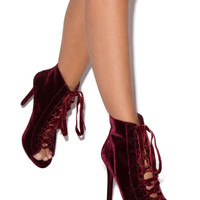 KENDALL LACE-UP BOOTIE