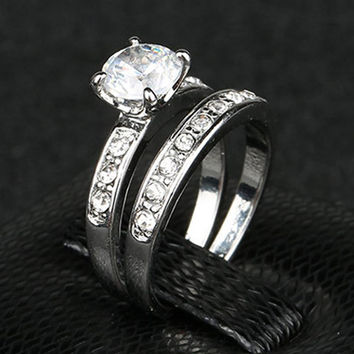 Silver Plated Finger Ring on Plated with 0.8 ct Princess Cut Cubic Zirconia Women Wedding Set 2 Piece Set