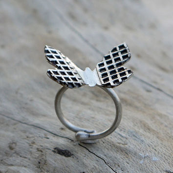 ON SALE Butterfly ring - Sterling slver ring - Adjustable ring - Silver with black oxidation - Size 6US - 8Us.