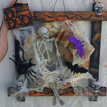 Halloween Skeleton Decorations, Front Door Skeleton Wreath, Spooky Skeleton Wall Hanging, Halloween Skulls, Halloween decoration & gifts