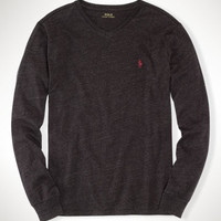 Long-Sleeved V-Neck T-Shirt