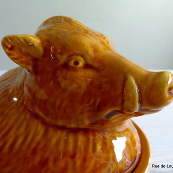 Vintage ceramic pate pot with a wild boar on the lid, vintage casserole dish, animal shape oven dish