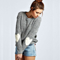 Long sleeved round neck sweater