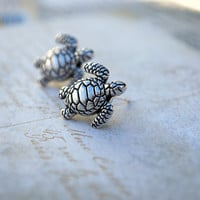 Turtle Earring Stud -- Silver Turtles, Silver, Sea Turtle Studs, Turtle Earrings