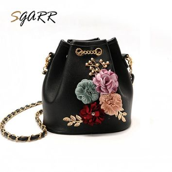 *Online Exclusive* Floral String Bucket Purse