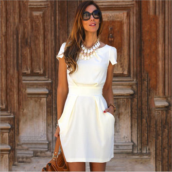 White Short Sleeve Back Zippered Mini Dress