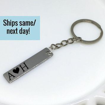 Couple Name Keychain, Couple Keychain, Initial Keychain, Letter Keychain, Engraved Keychain, Custom Keychain, Customized Keychain