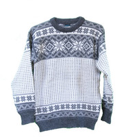 Vintage Nordic Dale fo Norway Sweater  - Beautiful Wool Snowflake Sweater