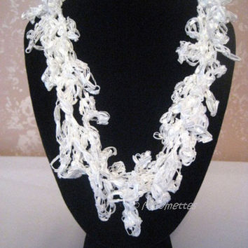 ON SALE Crochet Necklace White Beach Wedding Jewelry Trellis Ladder Yarn Necklace Handmade Crocheted Bridal Jewelry