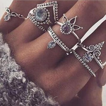 H17 Retro Style Vintage Ring Sets Boho Jewelry Leaf Rings Punk Style 8PCS/Set Unique Carving Tibetan Gold Color Rings For Woman