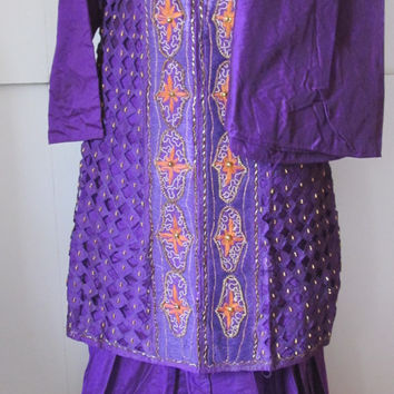 Purple Dress 3pc India Dress Elegant Traditional Salwar Kameez Dupatta sari Indian Dress Embroidered India Dress Hand Beaded dress saree