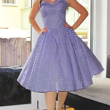 Pinup dress ' Lakeside lavender ' PLUS SIZE AVAILABLE striped rockabilly dress, 50s dress lavender lilac retro dress