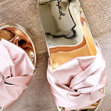 Bow Accent Slide Sandal | UrbanOG