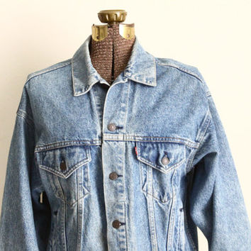 Levis denim jacket | oversized blue jean jacket | Mens Levi trucker jacket | 90s grunge clothing [ medium ]